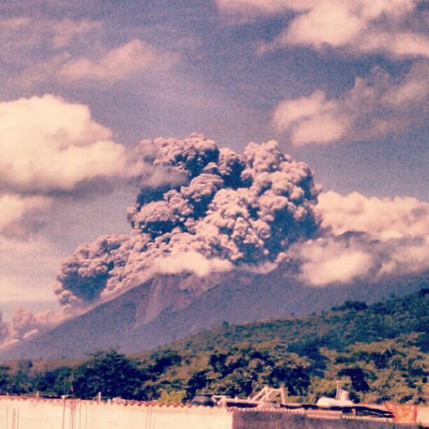 Volcán de Fuego por @marybelmh